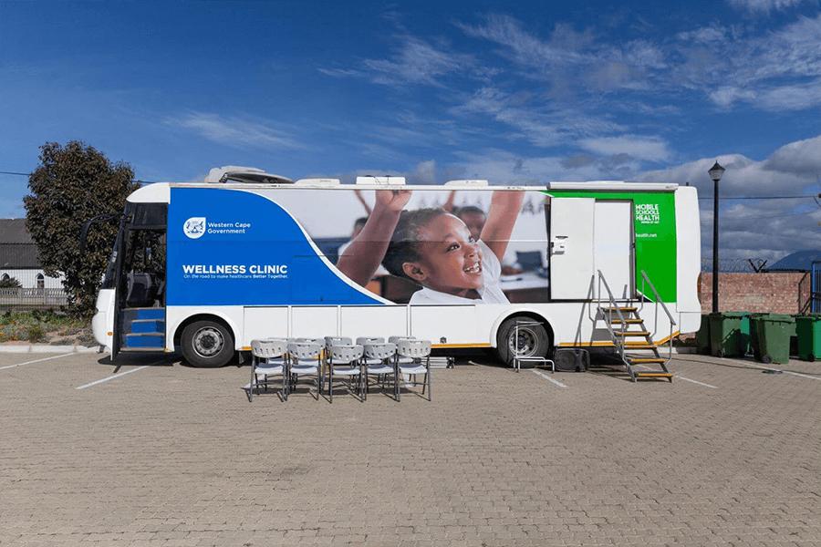 Mobile Schools Health mobile outside